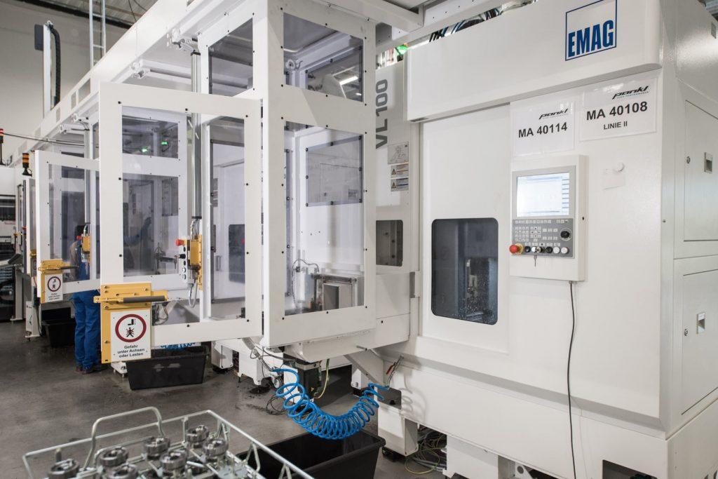 Getrieberad-Produktion: Pick-up-Maschinen VL 100