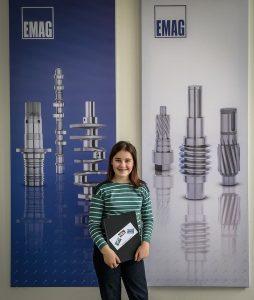 Jugend forscht / Schüler experimentieren Gewinnerin bei EMAG