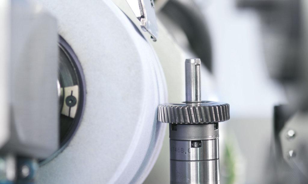 Zahnflankenschleifen: Perfekte Lösungen von EMAG SU