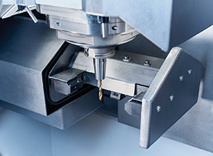V M C 450 M T Turning Milling Drilling Flange Workarea Web2